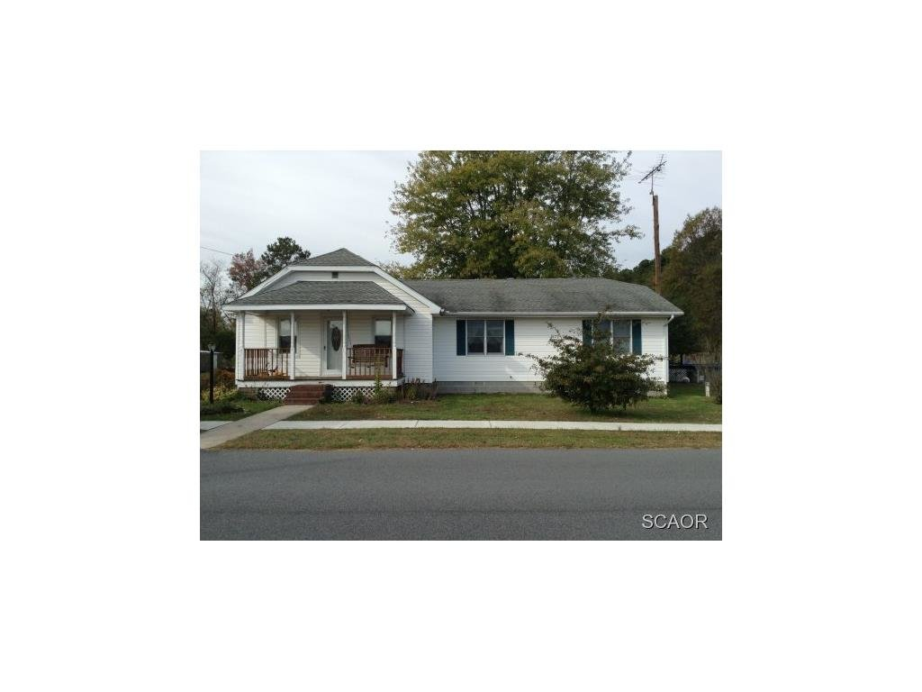 607 Washington Ave, Ellendale, DE 19941